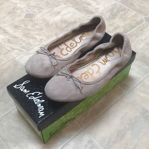 Sam Edelman Felicia Flats in Light Grey Suede EUC